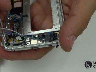 Samsung Galaxy J5  (J500) Nu se încarcă smartphone-ul? Înlocuiți conectorul!
