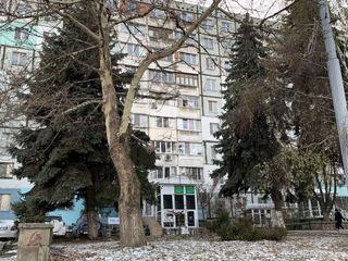 Vinzare sau arenda spațiu comercial în inima sectorului Botanica, la intersecția bd. Traian și Dacia