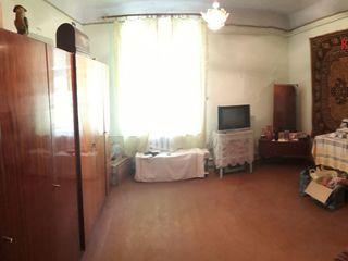 2-ух комнатная в центре