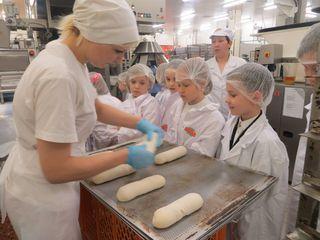 Экскурсия на фабрику печенья  – интересное  и вкусно пахнущее производство :)