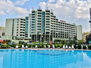 Hotel Marvel 4*, Sunny Beach. Супер цена! Зонты и шезлонги на пляже!