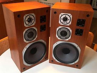 Acustică: Yamaha NS-670, Yamaha NS-U30, Micrоlab B-72, Creative D-100!