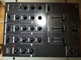 Mixer pentru DJ