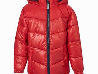 Новая куртка на осень, цена символическая!