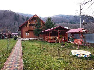 De vinzare casa cu II nivelle + mansarda, Romania, Slanic-Moldova