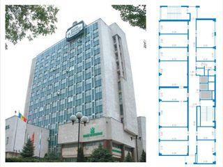 Продается этаж в офисном здании 321м.