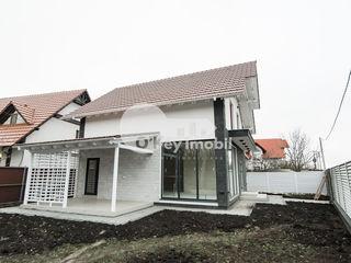 Casă cu 2 nivele, 140 mp, regiune liniștită, Dumbrava, 124900 € !