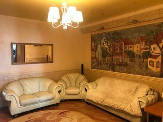 Vă propunem spre chirie apartament cu 3 camere, amplasat în sectorul Riscani. 420 €