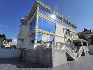 Chirie, Castel Adevărat!!! 4 nivele, Buiucani, str. Paris, 644m2!