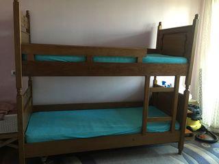 Продам двухъярусную кровать-трансформер