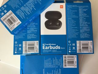 Xiaomi Redmi AirDots (Mi True Wireless Earbuds Basic ) новые чёрные   400 лей.   AirPods i12