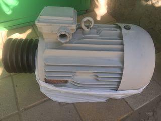 Motor electric de 16 kw