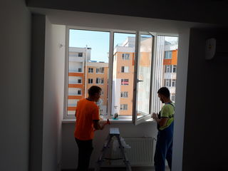 Spalare geamuri, curatenie in apartamente, мойка окон на любой высоте