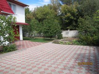 Casa la Nistru intr-o zona perfecta, la doar 15 min de Chisinau,  la pret unui apartament din bloc.