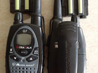 Две рации рабочие за 199 лей пара без зарядки можно использовать пальчиковые аккумуляторы