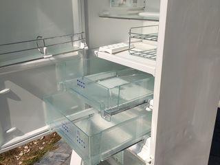 liebherr холодильник с морозильником большая плюсовая камера.