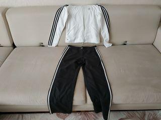 Спортивный костюм, размер XS.