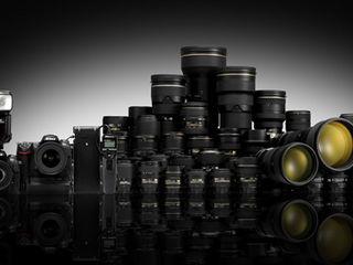 cumpar obiective si fotoaparate Canon , Nikon , Zeiss Leica , Hasselblad , la pret adecvat