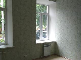 Продам 3-х комнатную квартиру с евроремонтом на земле в центре  Бендер