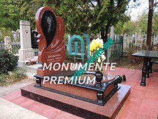 Monumente funerare - Granit din Ucraina