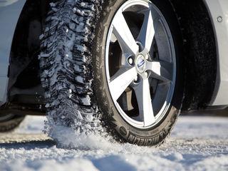 Anvelope de iarna (roti, cauciucuri, pneuri). Livrare rapida. Posibil si in credit.