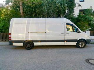 Перевозка грузов и мебели в любое время суток с грузчиками и без.