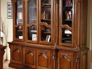 Срочно  !! продается мебель для гостинной комнаты классика