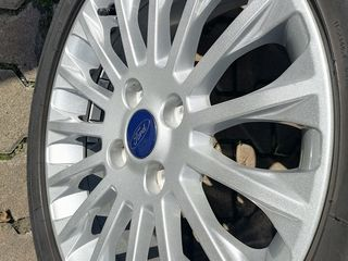 Диски и шины для Ford Ecosport, Fiesta, B-max