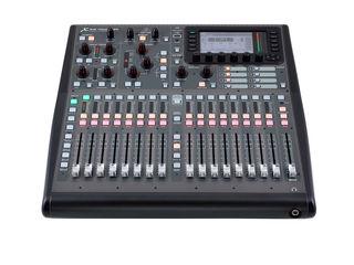 Mixer digital Behringer X32 Producer. livrare în toată Moldova,plata la primire
