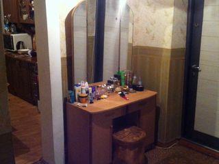 2-х комнатная квартира+участок земли 7 соток с постройками =25 000 евро за всё