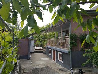 Schimb urgent casa in Mereni pe apartament in Chisinau