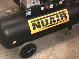 Компрессор новый на 200 литров, 3 кВт