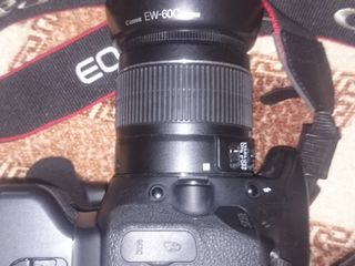 Фотоаппарат Canon 600D -японец.18 MP Полный комплект. Вспышка - Canon 430EX 2.