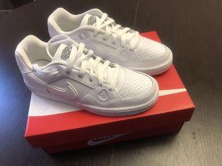 Nike Air Force Originali procurati de la Franta. Marimea: 36,5