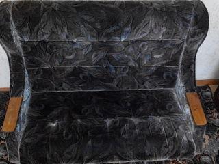 Софа 2000 лей шир 1.50м , длина 2.10м (ложе1.25 на1.90) и 2 раскладных кресла,1 кресло 1500 лей  , ж