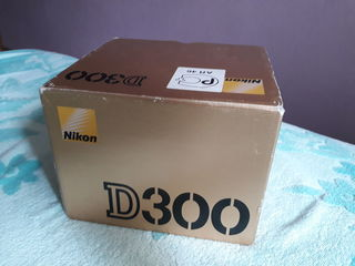 Продаю Nikon d300 весь коплект!!!