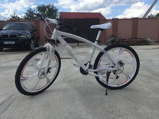 Bicicleta Bmw apsolut noua