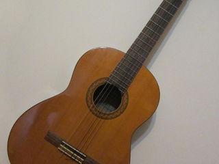 Yamaha C-40=1490 lei Indonezia. (продам, обмен). Классическая гитара. Chitara classică.