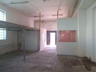 Продается коммерческое помещение 115м2 под склад, базу, производство ул.Штефан чел Маре 115.