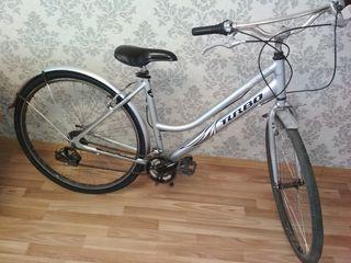 Bicicletă originală. Aluminiu