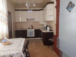 Vânzare casă, amplasata la 1 km de orasul Orhei in satul Mitoc!!
