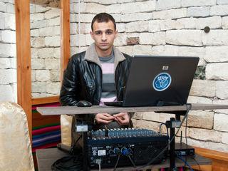 DJ la sarbatoarea dvs.