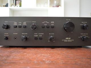Akai AM 2400
