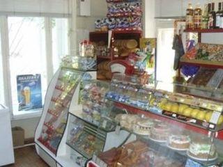 Продается продовольственный магазин в Бендерах с оборудованием!