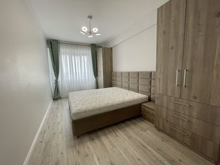 Se vinde apartament exclusiv/ Euroreparatie/ Botanica str. Hristo Botev 6/ Direct de la Proprietar