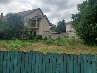 Se vinde teren in inima sectorului Buiucani.