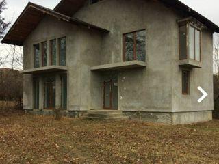 Cumpar casuta de vînzare urgentă pin la 2000e Sîngera Bacioi Codru Ialoveni