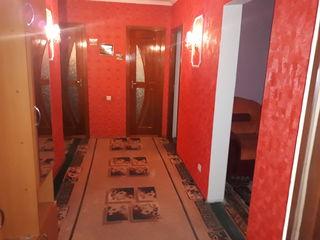 Продается 3-х комнатная квартира с мебелью