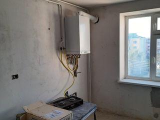 Продается большая 3-комнатная квартира 71 кв. м. с автономным отоплением. Белый вариант, раздельные