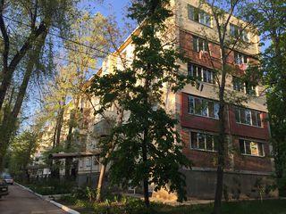 Se vinde apartament cu 3 camere, sectorul Râșcani, str. Florilor 8/3